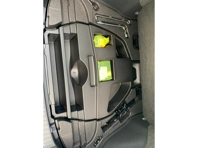 A 禁煙 4WD レーダーブレーキ コーナーセンサー BSM 電動シート ナビ 地デジ バックカメラ レーダークルコン ブルートゥース オートライト オートエアコン 革ステア USB CD SD HDMI(24枚目)
