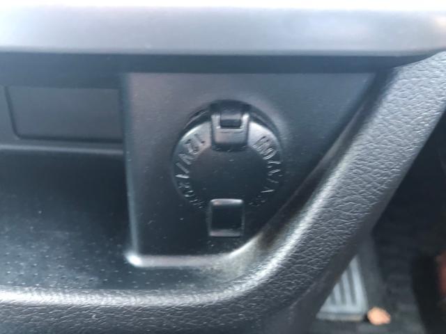 Si 禁煙車 両側自動スライドドア 純正HDDナビ DVD CD 地デジ バックカメラ ブルートゥース ミュージックサーバー ETC HID フォグ 純正エアロ アルミ パドルシフト Wエアバック ABS(31枚目)