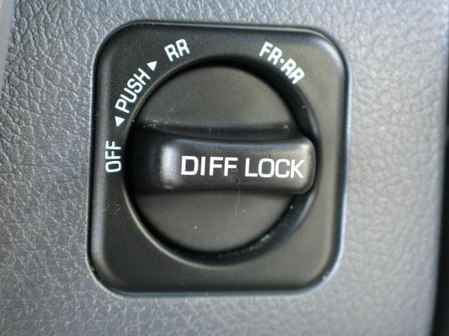トヨタ ランドクルーザー70 バン 前後デフロック SDナビ Bカメラ オプショングリル