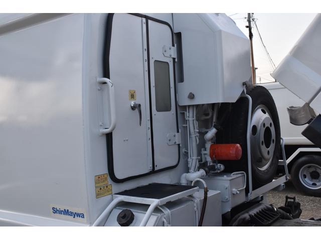 新明和製GPX プレス塵芥車 4.3立米 6MT(9枚目)