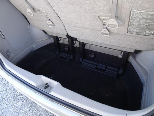 アエラス 平成18年式 走行58700キロ 4WD スマートキー 両側PSD ナビ バックカメラ オートエアコン リアクーラー DVD再生 ビルトインETC  純正17インチアルミホイール 8人乗り 修復歴無し(21枚目)