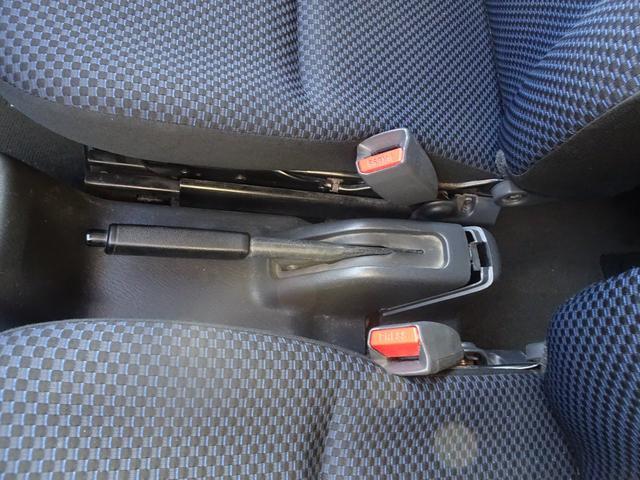 平成19年式 走行70000キロ 4WD オートマ エアコン パワステ 前列パワーウィンドウ キーレス CD 最大積載200キロ(41枚目)