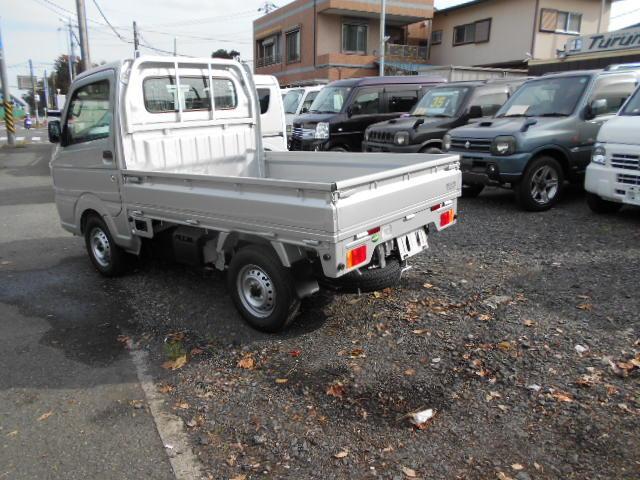 KCエアコン・パワステ 4WD 5速MT メモリーナビ付(5枚目)