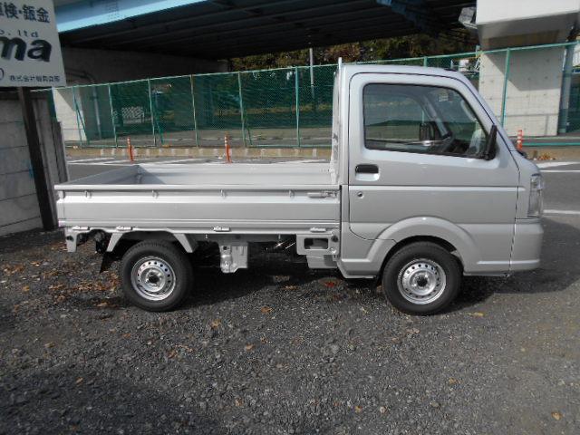 KCエアコン・パワステ 4WD 5速MT メモリーナビ付(8枚目)