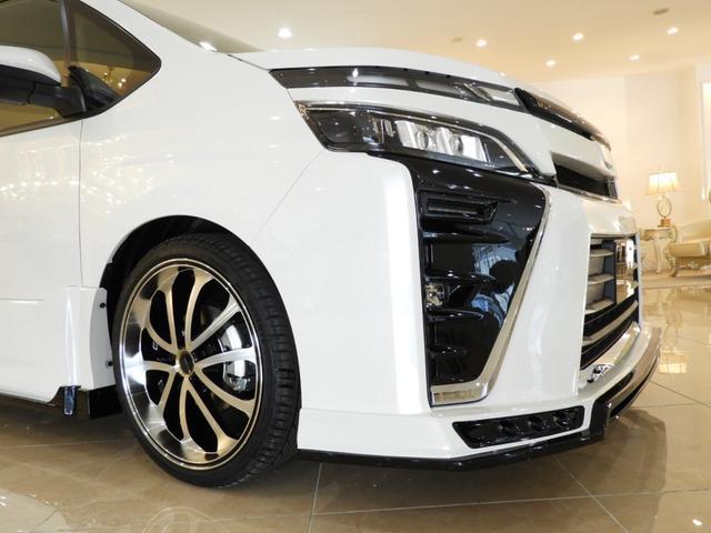 トヨタ ヴォクシー ZS両側電動ドア新車コンプリー車高調19インチ4本出マフラー