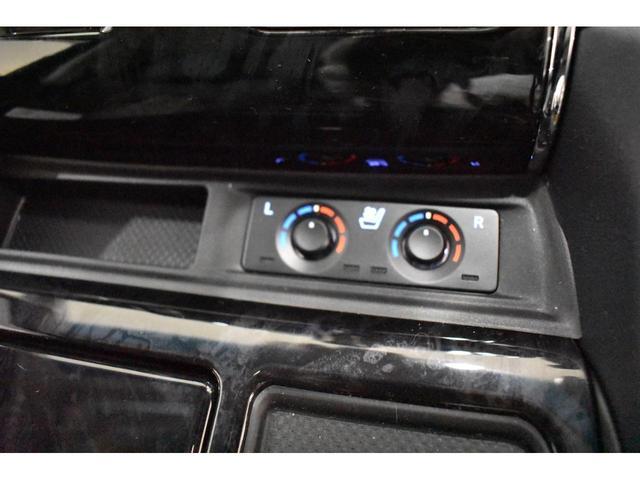 2.5S Cパッケージ 3眼LED ムーンルーフ T-コネクトナビK 12.後席モニター CD/DVD モデリスタエアロ 20インチホイール ホイールのサイズ,デザイン変更可(11枚目)