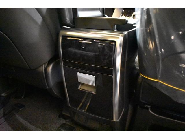 2.5S Cパッケージ 3眼LED  ムーンルーフ TコネナビK 12.1後席リアモニター CD.DVD インテリジェンスクリアランスソナー両側電動スライドドア バックカメラ標準装備 モデリスタエアロ 20インチホイール(20枚目)