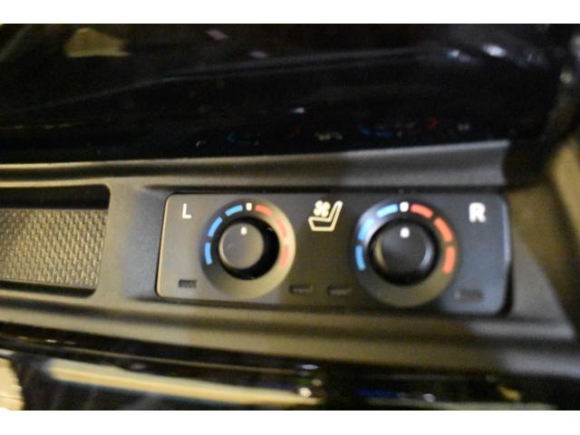 2.5S Cパッケージ 3眼LED  ムーンルーフ TコネナビK 12.1後席リアモニター CD.DVD インテリジェンスクリアランスソナー両側電動スライドドア バックカメラ標準装備 モデリスタエアロ 20インチホイール(27枚目)