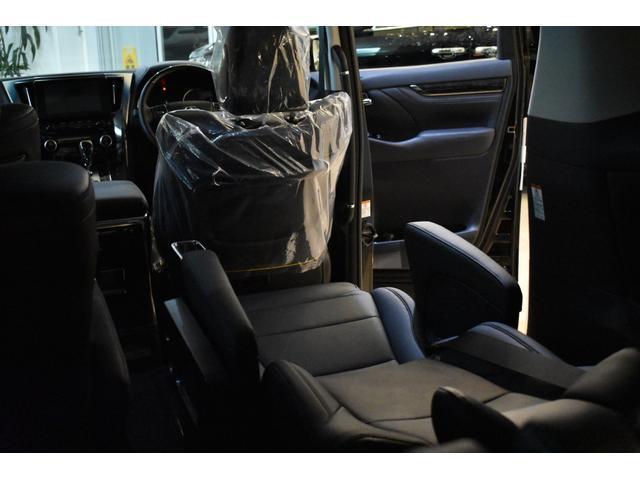「トヨタ」「アルファード」「ミニバン・ワンボックス」「神奈川県」の中古車65
