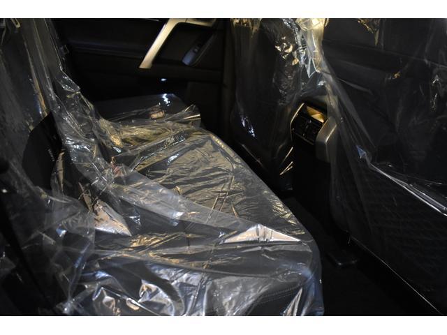 TX Lパッケージ 7人乗 新車本革レザーシート ムーンルーフ インテリジェンスクリアランスソナー アルパイン9型ナビパッケージ フロントグリル 4本出しマフラー 20インチホイール(11枚目)