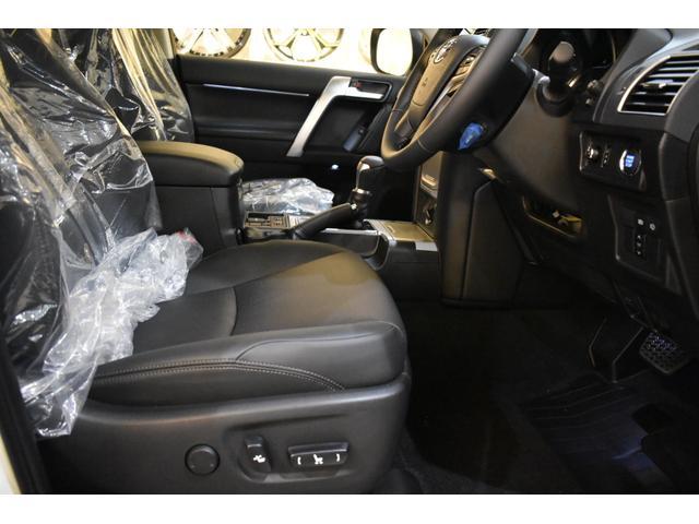 TX Lパッケージ 7人乗 新車本革レザーシート ムーンルーフ インテリジェンスクリアランスソナー アルパイン9型ナビパッケージ フロントグリル 4本出しマフラー 20インチホイール(44枚目)