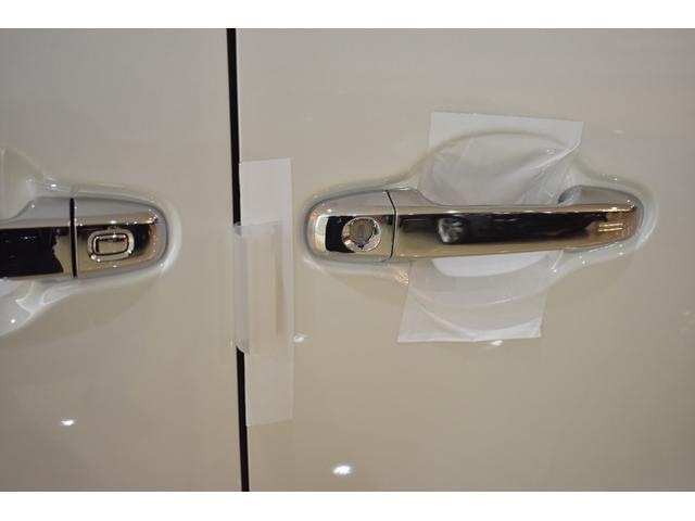 2.5S Cパッケージ ムーンルーフ T-コネクトナビK12.1リアモニターCD.DVDバックカメラインテリジェンスクリアランスソナーバックカメラ標準装備 フロントグリル 4本出しマフラー22インチホイール  ABS製エアロ(30枚目)