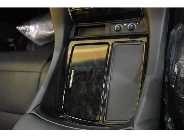 2.5S Cパッケージ ムーンルーフ T-コネクトナビK12.1リアモニターCD.DVDバックカメラインテリジェンスクリアランスソナーバックカメラ標準装備 フロントグリル 4本出しマフラー22インチホイール  ABS製エアロ(54枚目)