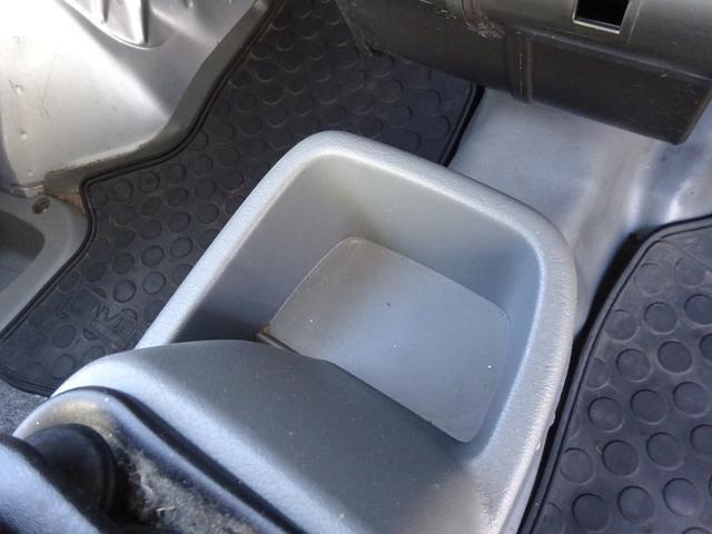 DX 5MT車 社外CDデッキ AUX付 両側スライドドア 集中ドアロック ヘッドライトレベライザー サイドドアバイザー パワーステアリング WSRSエアバック エアコン 取説(27枚目)