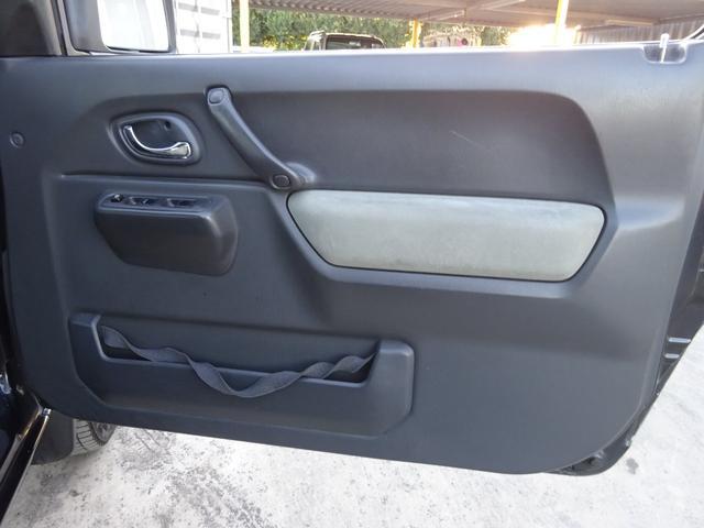 ランドベンチャー 7型 ターボ 4WD 社外CDMDデッキ キーレスキー シートヒーター ミラーヒーター ABS 革巻ステアリング 電格ウィンカーミラー 背面タイヤ フォグライト ヘッドライトレベライザー 純正16AW(18枚目)