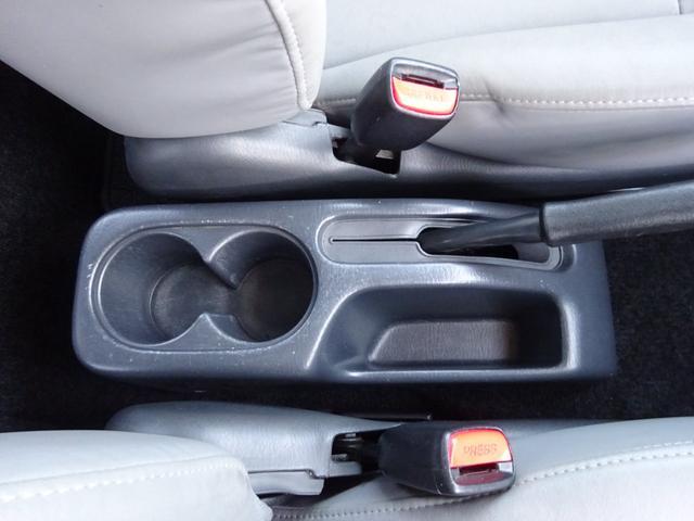 ランドベンチャー 7型 ターボ 4WD 社外CDMDデッキ キーレスキー シートヒーター ミラーヒーター ABS 革巻ステアリング 電格ウィンカーミラー 背面タイヤ フォグライト ヘッドライトレベライザー 純正16AW(29枚目)