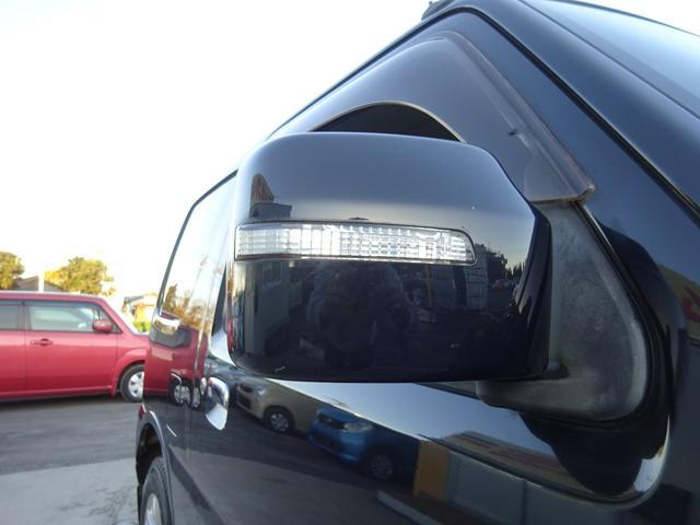 ランドベンチャー 7型 ターボ 4WD 社外CDMDデッキ キーレスキー シートヒーター ミラーヒーター ABS 革巻ステアリング 電格ウィンカーミラー 背面タイヤ フォグライト ヘッドライトレベライザー 純正16AW(58枚目)