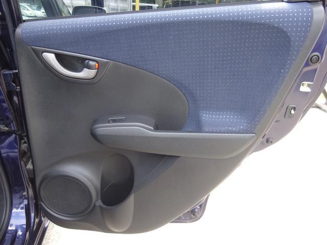 G 純正CDデッキ AUX付き キーレスキー タイミングチェーン 電格ウィンカーミラー ヘッドライトレベライザー コーナーポール サイドドアバイザー プライバシーガラス ABS 取説 整備手帳(33枚目)