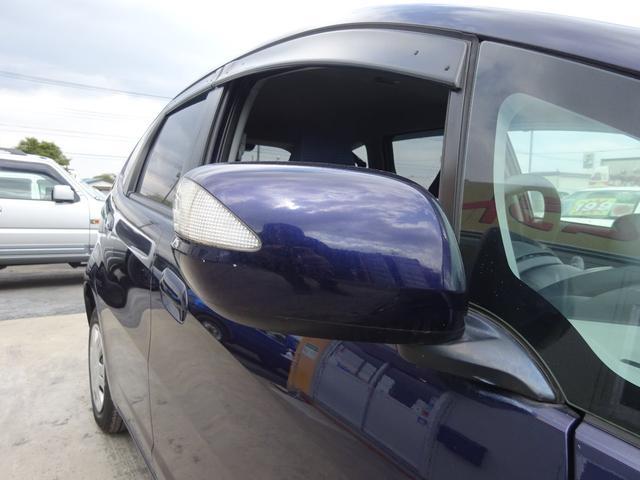 G 純正CDデッキ AUX付き キーレスキー タイミングチェーン 電格ウィンカーミラー ヘッドライトレベライザー コーナーポール サイドドアバイザー プライバシーガラス ABS 取説 整備手帳(60枚目)