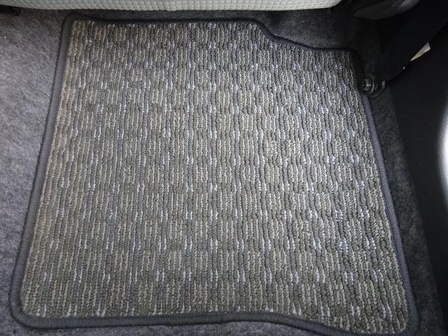 S アイドリングストップ レーダーブレーキサポート シートヒーター キーレスキー VSC タイミングチェーン 電格ミラー 純正CDデッキ AUX付 ヘッドライトレベライザー ABS(34枚目)