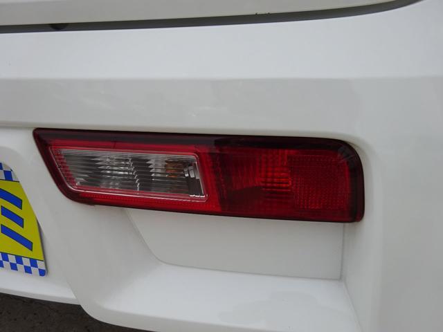 S アイドリングストップ レーダーブレーキサポート シートヒーター キーレスキー VSC タイミングチェーン 電格ミラー 純正CDデッキ AUX付 ヘッドライトレベライザー ABS(58枚目)