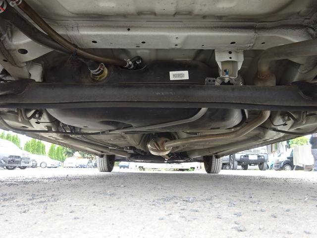 S アイドリングストップ レーダーブレーキサポート シートヒーター キーレスキー VSC タイミングチェーン 電格ミラー 純正CDデッキ AUX付 ヘッドライトレベライザー ABS(61枚目)