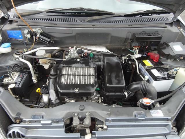 ベースグレード ターボ 5MT車 純正レカロシート キーレスキー ETC 社外CD・MDデッキ 革巻きステアリング タイミングチェーン フォグライト リヤスポイラー 純正15インチアルミホイール 電格ミラー ABS(2枚目)