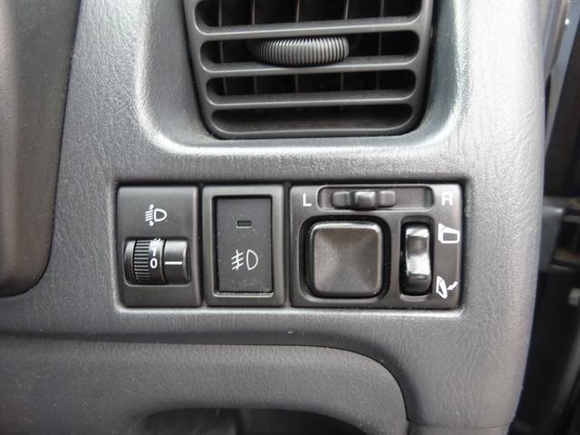 ベースグレード ターボ 5MT車 純正レカロシート キーレスキー ETC 社外CD・MDデッキ 革巻きステアリング タイミングチェーン フォグライト リヤスポイラー 純正15インチアルミホイール 電格ミラー ABS(24枚目)