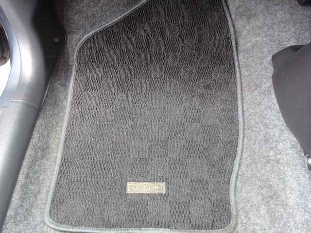 ベースグレード ターボ 5MT車 純正レカロシート キーレスキー ETC 社外CD・MDデッキ 革巻きステアリング タイミングチェーン フォグライト リヤスポイラー 純正15インチアルミホイール 電格ミラー ABS(50枚目)