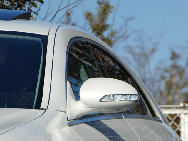 などなど、その他多数装備のフル装備車で セールスポイント満載の車両です♪♪もちろんディーラー車で新車時保証書、記録簿付きです♪