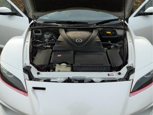 ◆車輌状態◆エンジン、エアコン、ミッションなど機関良好です。もちろん中古車ですので外装内装傷、汚れ、などあると思いますが高年式、低走行車だけあり年式、距離数相応綺麗な車両と見受けております♪