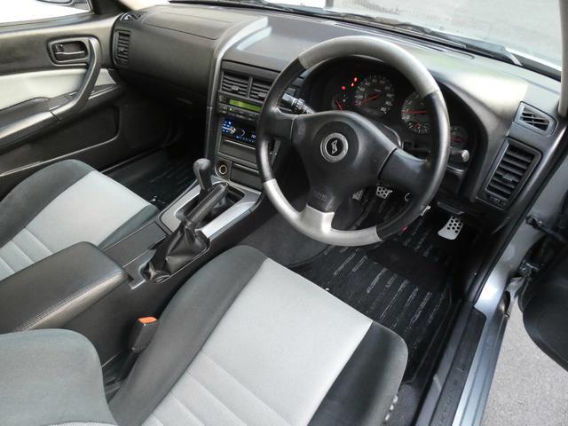 25GT-V 5速マニュアル 1オーナー車 タイベル・クラッチ・イグニッションコイル・プラグ・ラジエーター日産にて交換済み 機関良良好車 クラッチ本当軽い(15枚目)