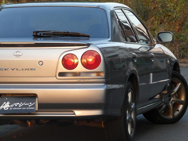 25GT-V 5速マニュアル 1オーナー車 タイベル・クラッチ・イグニッションコイル・プラグ・ラジエーター日産にて交換済み 機関良良好車 クラッチ本当軽い(26枚目)