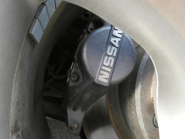 25GT-V 5速マニュアル 1オーナー車 タイベル・クラッチ・イグニッションコイル・プラグ・ラジエーター日産にて交換済み 機関良良好車 クラッチ本当軽い(62枚目)