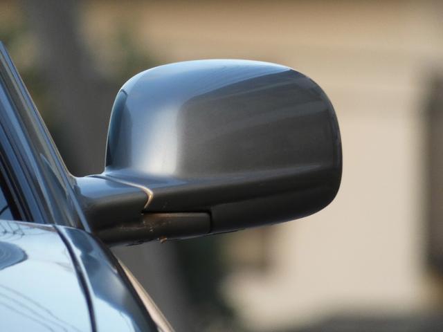 25GT-V 5速マニュアル 1オーナー車 タイベル・クラッチ・イグニッションコイル・プラグ・ラジエーター日産にて交換済み 機関良良好車 クラッチ本当軽い(65枚目)