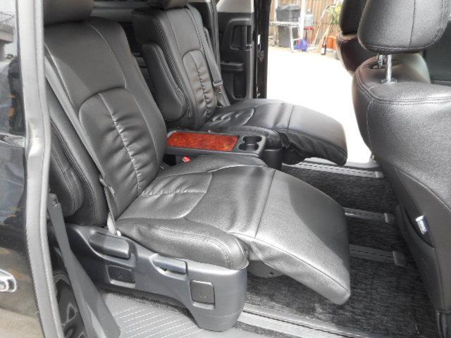 後部座席もしっかりクリーニング済み!細かい配慮を徹底しています!お客様が快適なカーライフを送れる様、お客様に合った1台をご提案致します☆