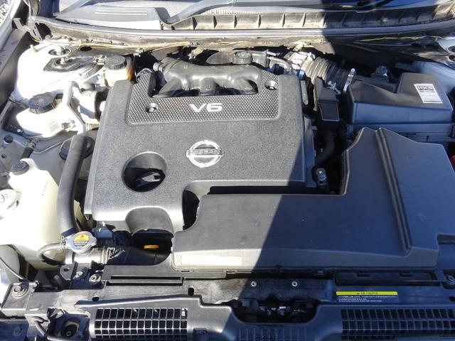2500ccタイミングチェーンエンジンです。