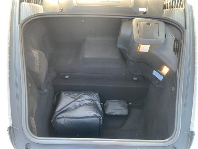 911カレラ サイバーナビ フルセグTV バックカメラ ブルートゥース接続 キーレス ETC 純正19インチアルミホイール クルコン CD/DVD再生 ミュージックサーバー シートヒーター 盗難防止装置(43枚目)