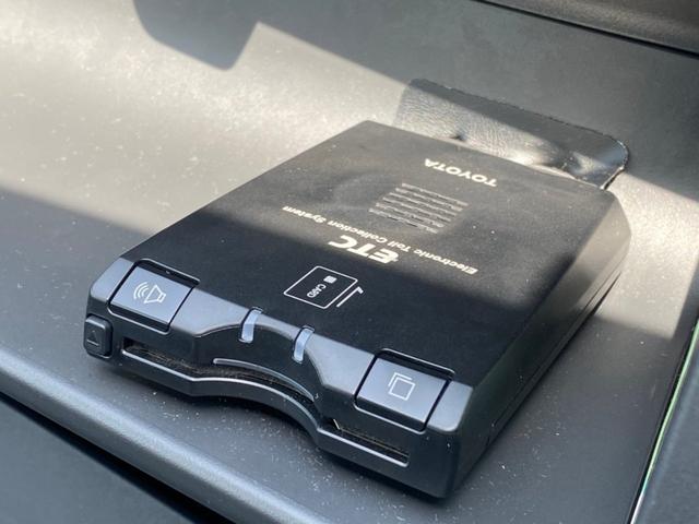 X イロドリ メモリーナビ 地デジ ETC キーレス ミュージックプレイヤー接続可 電動格納ミラー エアコン パワステ パワーウインドウ フルフラットシート ベンチシート 運転席・助手席エアバッグ(10枚目)