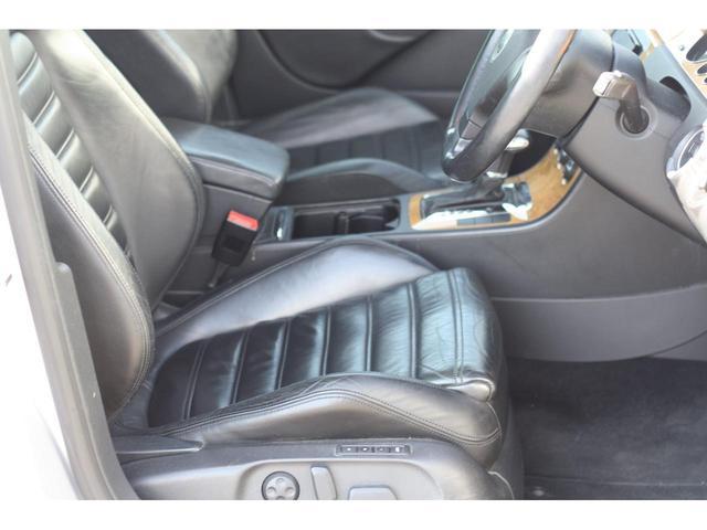 「フォルクスワーゲン」「VW パサートヴァリアント」「ステーションワゴン」「神奈川県」の中古車9