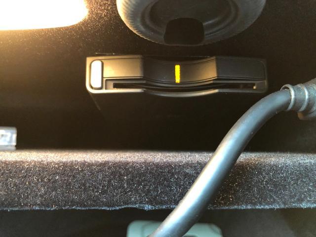 E350 ステーションワゴン アバンギャルド ブラック・本革シート・地デジ・HDDナビ・バックカメラ・ETC・プッシュスタート(16枚目)
