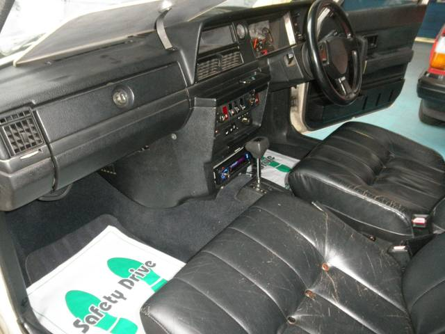 ボルボ ボルボ 240GL‐LTDワゴン 限定車 本革シート