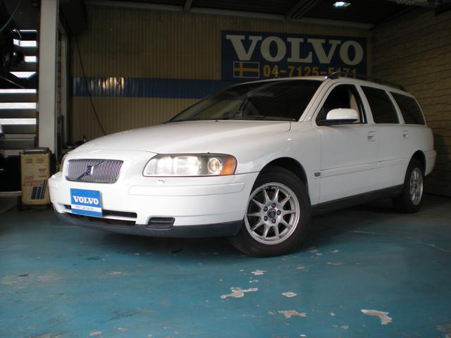ボルボ ボルボ V70 ベースグレード ワンオーナー車 本革シート 純正アルミ