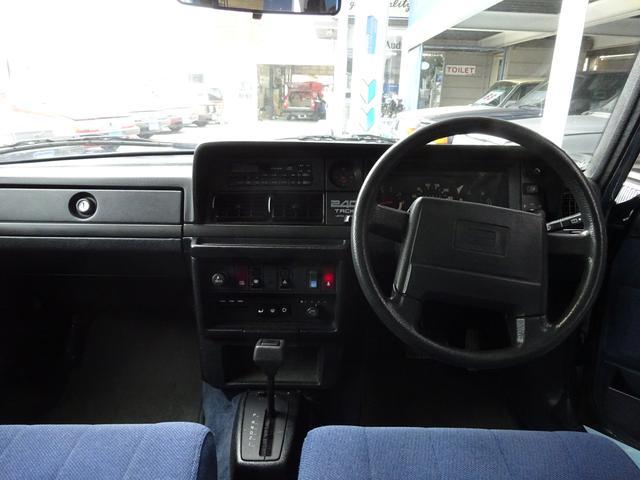 ボルボ ボルボ 240タックワゴン 最終モデル限定車 純正アルミホイール付き
