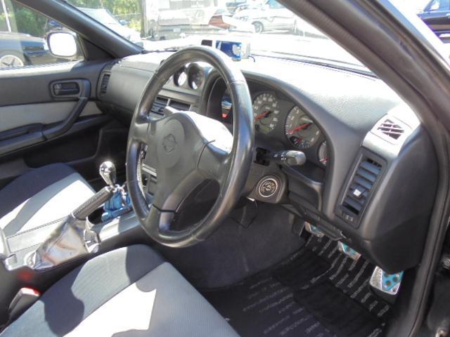 日産 スカイライン 25GTターボ URASエアロBLITZ車高調社外17AW
