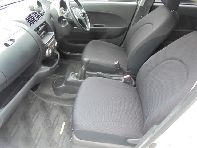 助手席側も綺麗で、同乗者の方にも気持ちよく乗って頂けます!