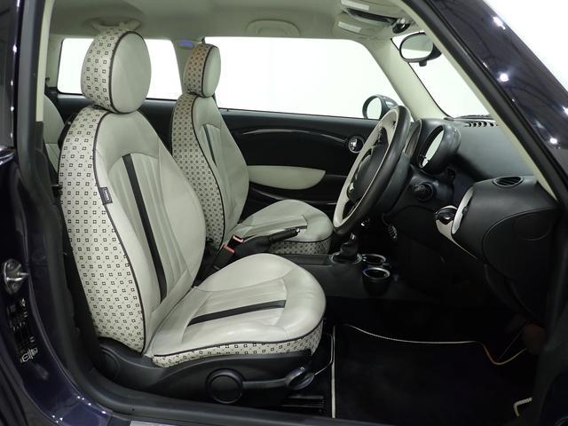 クーパー クリスタル 限定車 レザーシート シートヒーター ETC プロジェクターHIDヘッドライト(13枚目)