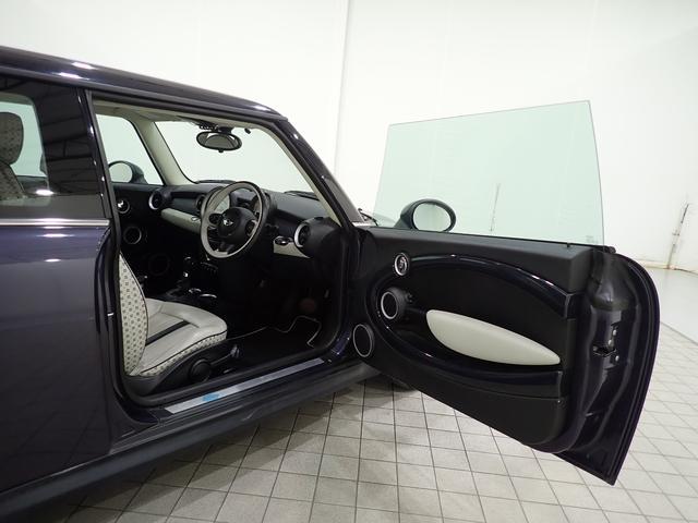 クーパー クリスタル 限定車 レザーシート シートヒーター ETC プロジェクターHIDヘッドライト(14枚目)