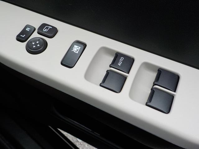 S CD付 オートライト パワステ 禁煙 クリアランスソナー エアコン リモコンキー ABS エアバック 記録簿 WエアB HID アイドリングS シートヒーター付 セキュリティアラーム ESP付(22枚目)