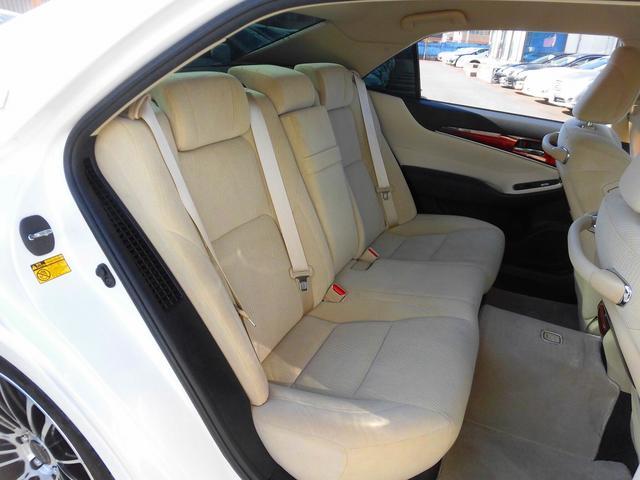 トヨタ クラウンマジェスタ ベースグレード 車高調 20アルミ HDDナビ地デジ LED